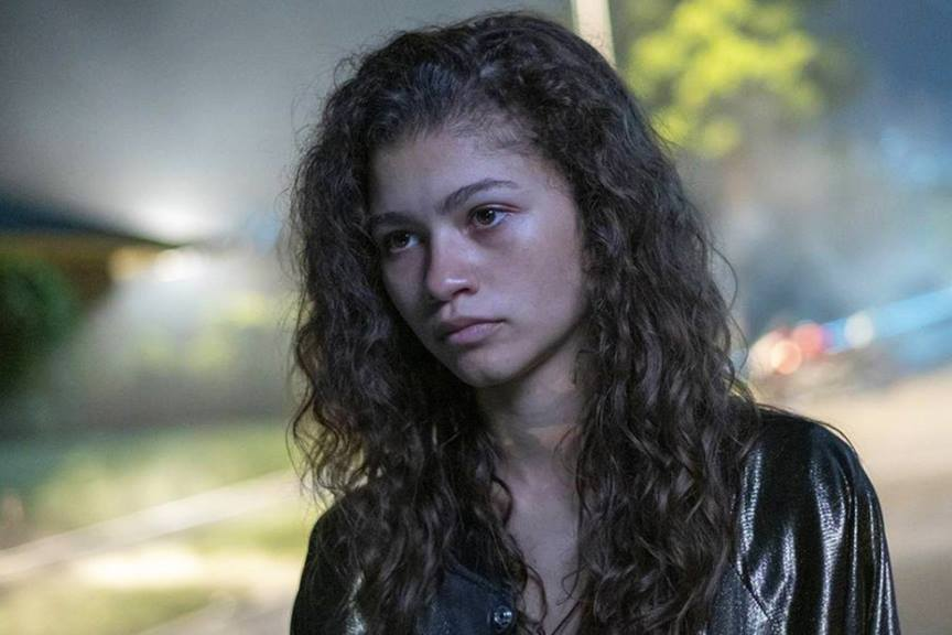 euphoria screencap zendaya with hair down wearing jacket